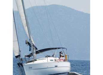 Rent a sailboat in Ece Marina - Oceanis 323