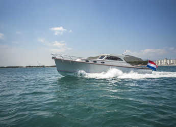 Chartern Sie yacht in Port d´Alcudia/Port de Alcudiamar Marina - Rapsody 40 Offshore