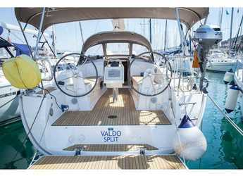 Rent a sailboat in ACI Marina Dubrovnik - Bavaria Cruiser 34