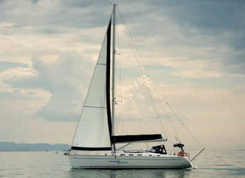 Rent a sailboat in Port Lavrion - Cyclades 50.5