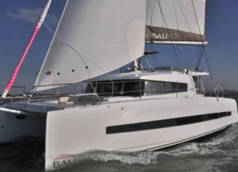 Rent a catamaran in Club Naútico de Sant Antoni de Pormany - Bali 4.1 Full equipe