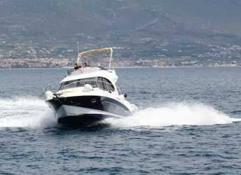 Rent a motorboat in Split (ACI Marina) - Beneteau Antares 30 Fly