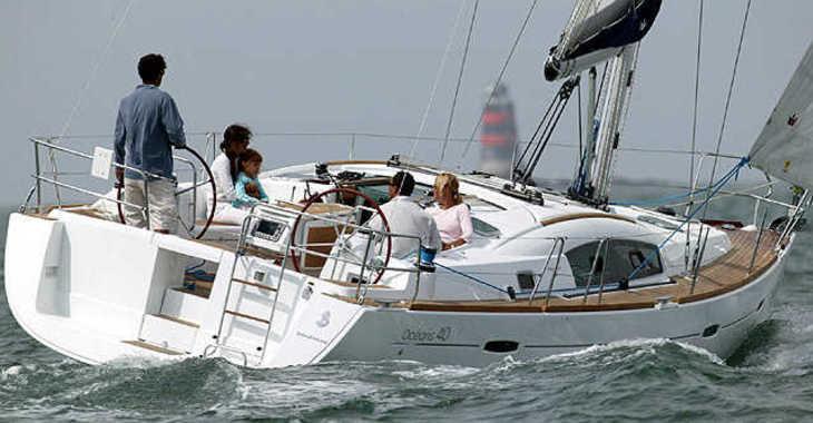 Rent a sailboat in Skiathos  - Oceanis 40 (2009)