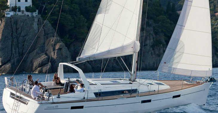 Rent a sailboat in Skiathos  - Oceanis 45