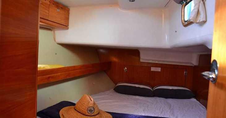 Rent a sailboat in Skiathos  - Bavaria 42 Cruiser