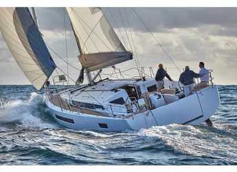 Rent a sailboat in Volos - Sun Odyssey 490 (2019)