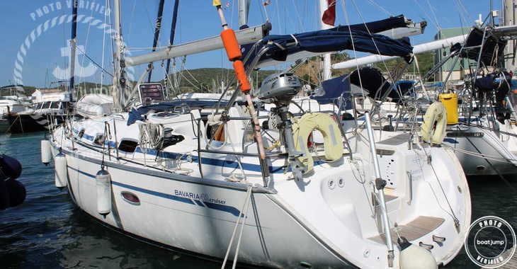 Rent a sailboat in Port Mahon - Bavaria Cruiser 42