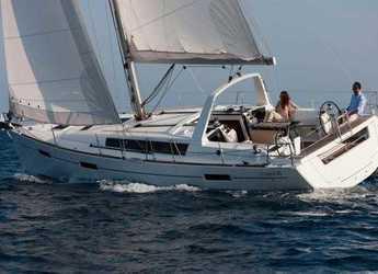 Rent a sailboat in Kos Port - Oceanis 41.1