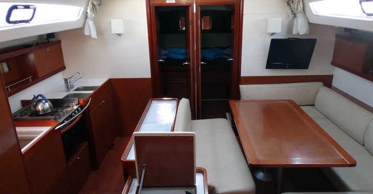 Rent a sailboat in Marina Skiathos  - Oceanis 50 Family