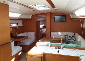 Rent a sailboat Sun Odyssey 419 in Club Nautic Costa Brava, Palamos