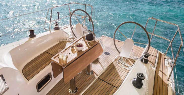 Rent a sailboat in Marina Zadar - Bavaria Cruiser 34 Style