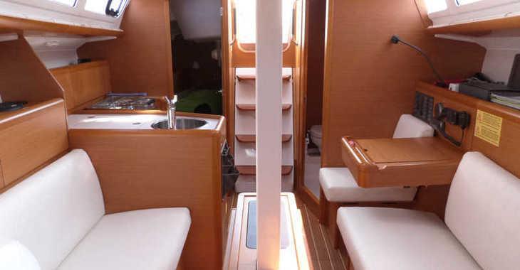 Alquilar velero Sun Odyssey 33i en Club Nautic Costa Brava, Palamos