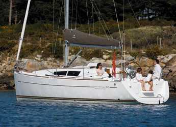 Rent a sailboat in Club Nautic Costa Brava - Sun Odyssey 33i