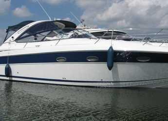 Rent a motorboat in Naviera Balear - Bavaria 33 Sport