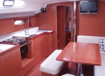 Rent a sailboat Oceanis 43 in Club Nautic Costa Brava, Palamos
