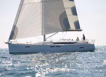 Rent a sailboat in Marina di Portorosa - Sun Odyssey 449