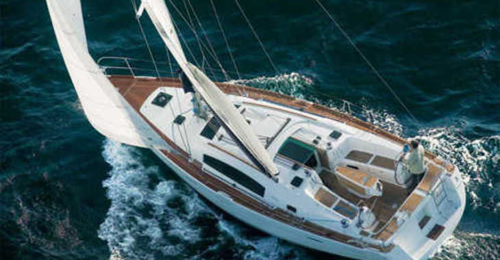 Rent a sailboat Oceanis 54 in Paroikia, Paros