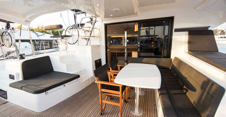 Rent a catamaran in Skiathos  - Lagoon 42