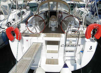 Rent a sailboat in Port Lavrion - Oceanis 43 Family