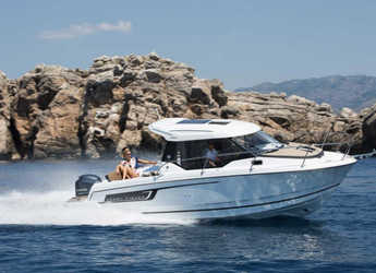 Rent a motorboat in Marina Kornati - Merry Fisher 795