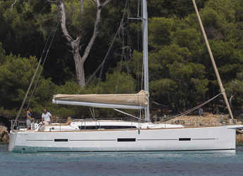 Rent a sailboat in Cagliari - Dufour 460 Grand Large