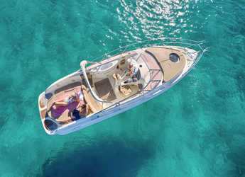 Rent a motorboat in Sant antoni de portmany - Cranchi 31 ft