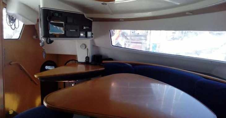 Rent a catamaran in Muelle de la lonja - Bahia 46