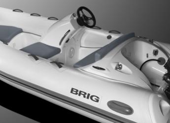 Rent a dinghy in Port Mahon - Brig
