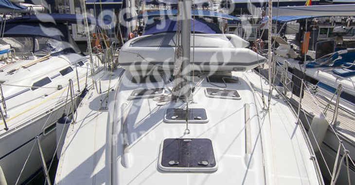 Rent a sailboat in Muelle de la lonja - Oceanis 393