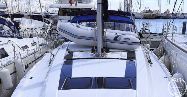 Rent a sailboat in Naviera Balear - Oceanis 46.1 (Sunday to Sunday)