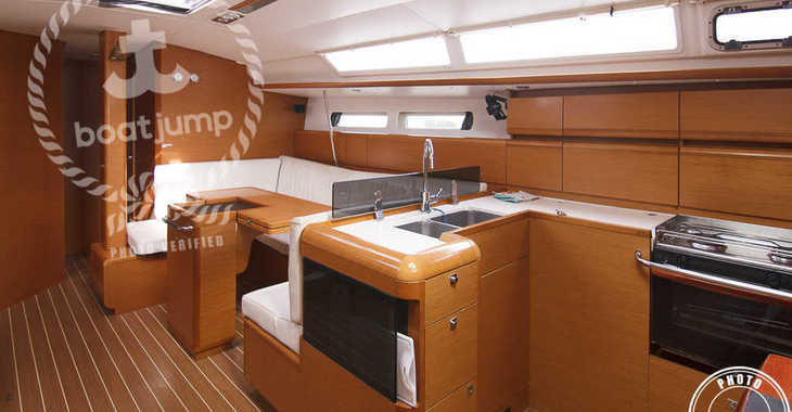Alquilar velero Sun Odyssey 439 en Muelle de la lonja, Palma de mallorca