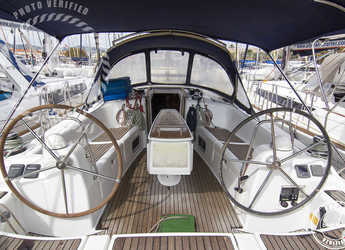 Rent a sailboat in Muelle de la lonja - Oceanis 40