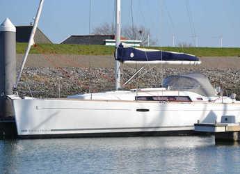 Chartern Sie segelboot in Marina di Portisco - Oceanis 37