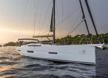 Rent a sailboat in Marina di Portisco - Dufour 56 Exclusive