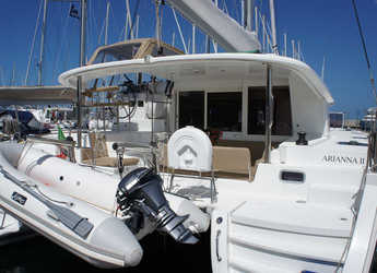 Rent a catamaran in Marina di Portisco - Lagoon 400