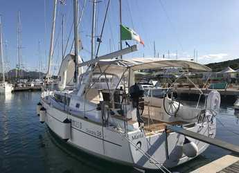 Rent a sailboat in Marina di Portisco - Oceanis 38