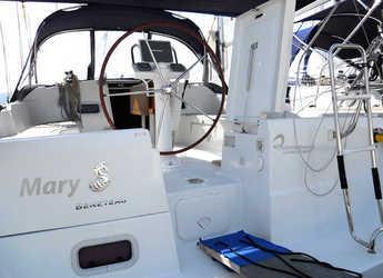 Rent a sailboat in Marina di Portisco - Oceanis 37