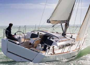 Rent a sailboat in Netsel Marina - Dufour 350
