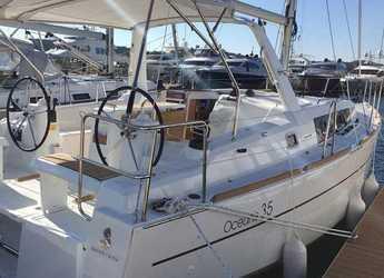Rent a sailboat in Marina Frapa - Oceanis 35