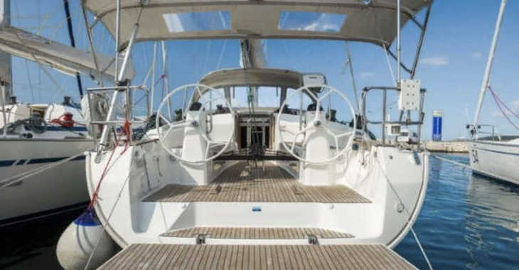 Rent a sailboat in Marine Pirovac - Bavaria 40 Cruiser S