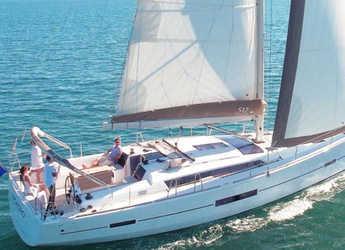 Rent a sailboat in Marina di Cannigione - Dufour 512 Grand Large