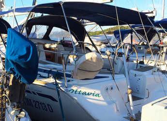 Rent a sailboat in Marina di Cannigione - Bavaria 46
