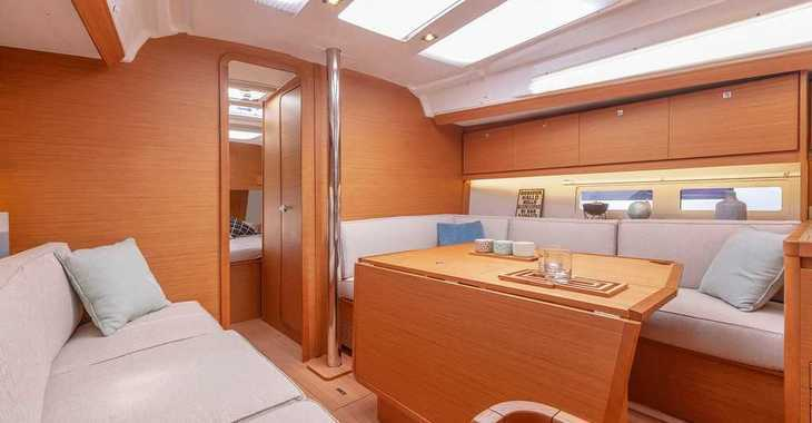 Rent a sailboat in Paros - Dufour 390 Grand Large