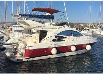 Rent a motorboat in Marine Pirovac - Azimut 39