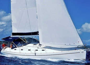 Rent a sailboat in Alimos Marina Kalamaki - Harmony 47