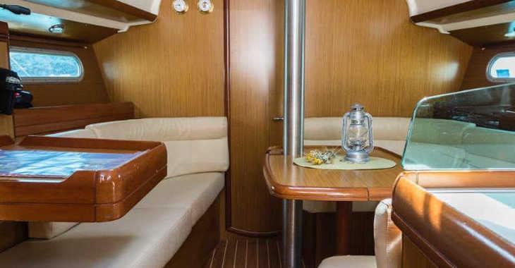 Rent a sailboat in Marina Kremik - Sun Odyssey 36 i