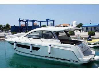 Rent a motorboat in Marina Mandalina - Jeanneau L10-36