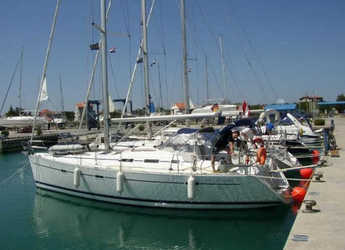 Rent a sailboat in Marina Mandalina - Oceanis 393 C