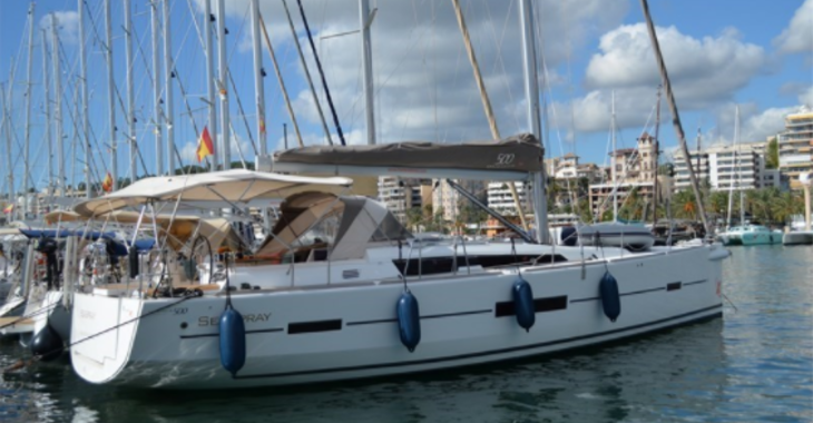 Rent a sailboat in Contra Muelle Mollet - Dufour 500 Grand Large