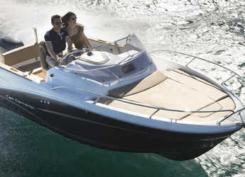 Rent a motorboat in Cala Ratjada - Jeanneau 6,8 WA